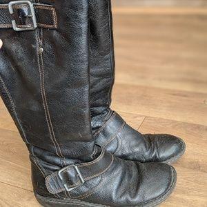 BOC Black leather boots size 8